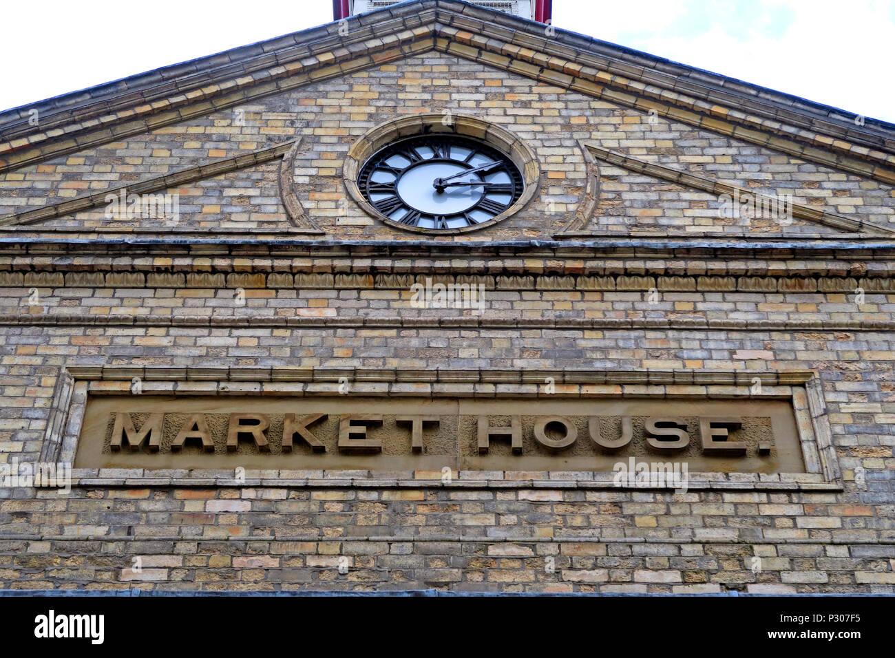 Laden Sie dieses Alamy Stockfoto Altrincham erfolgreichen Retail Town Market (ähnlich Borough Market), Trafford Rat, Greater Manchester, North West England, Großbritannien - P307F5
