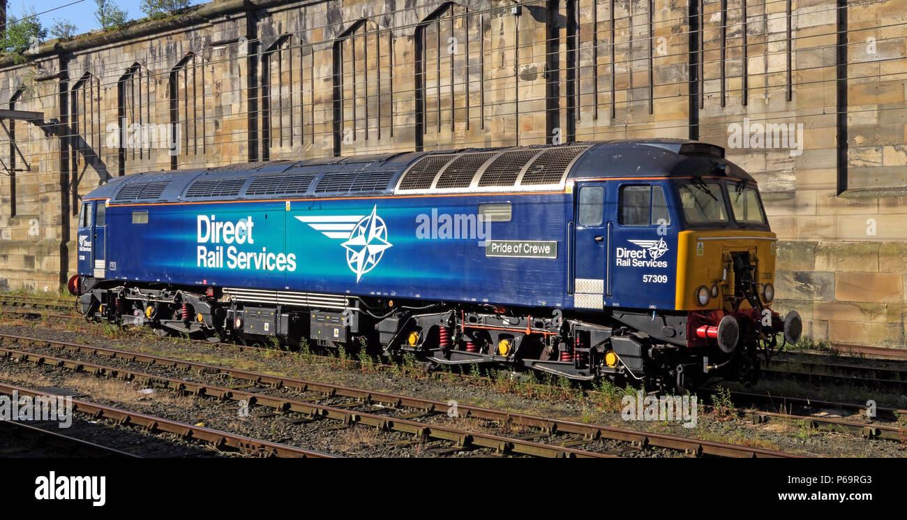Laden Sie dieses Alamy Stockfoto Direct Rail Services Dieselmotor 57309Stolz von Crewe, in Carlisle Station, Court Square, Cumbria, Carlisle, North West England, UK, CA1 1QZ - P69RG3