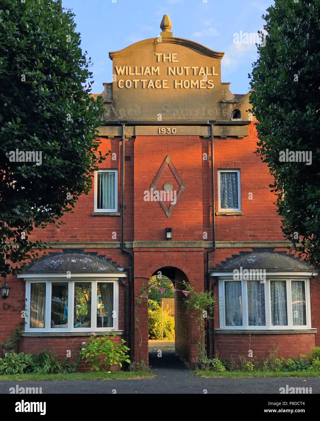 Dieses Stockfoto: Das William Nuttall Cottage Wohnungen Conservation Area, 1930, William Nuttall Vertrauen, Bennetthorp Armenhäuser, Doncaster, Yorkshire, England, Großbritannien - P8DCT4