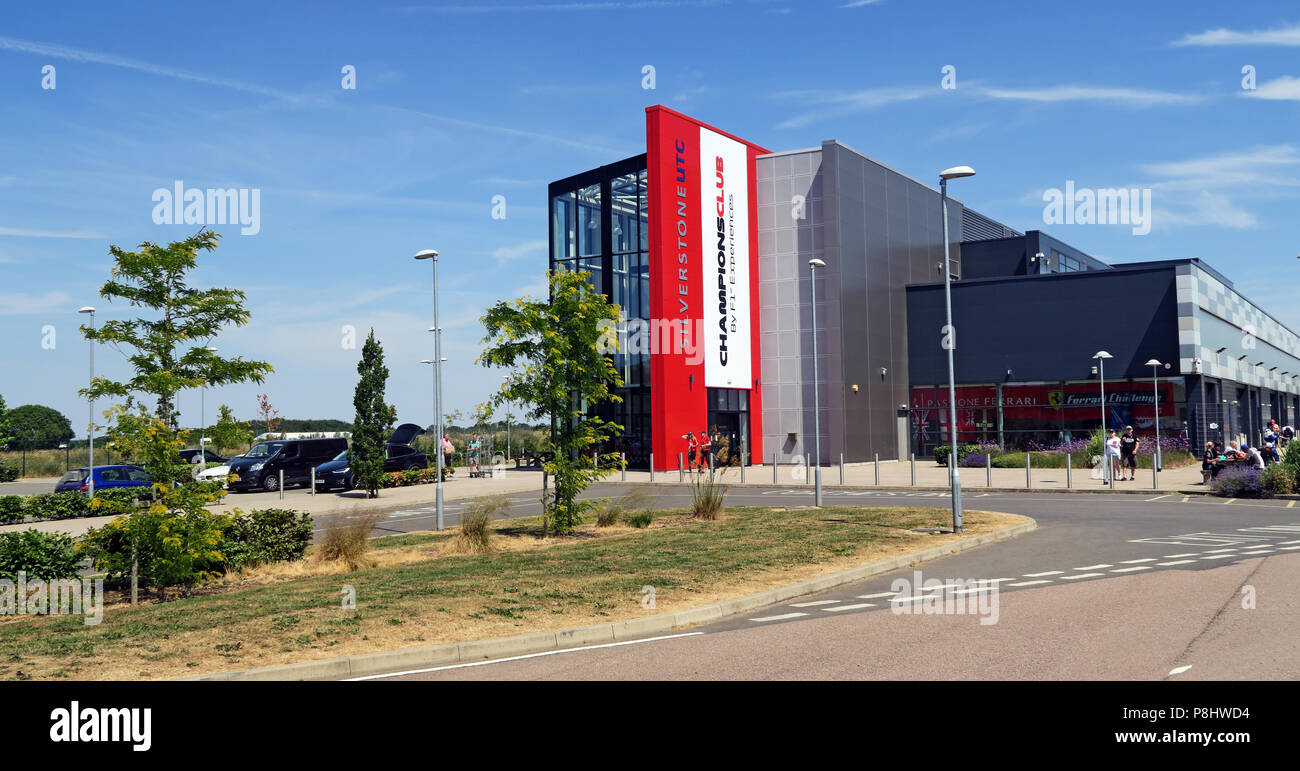 Dieses Stockfoto: Silverstone UTC ChampionsClub, F1 Erfahrungen Technology Center, Silverstone Circuit, Silverstone, Towcester, Northamptonshire, UK, NN12 8TL - P8HWD4