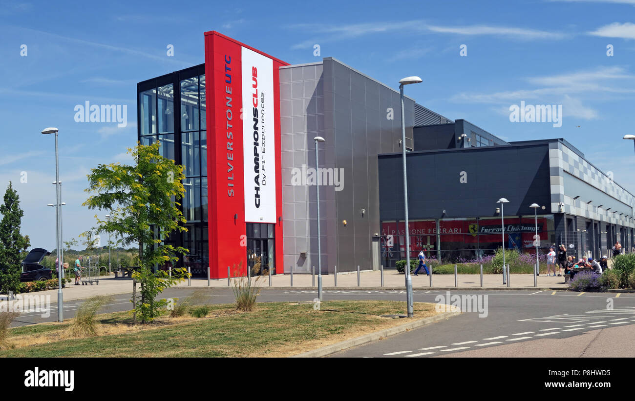 Dieses Stockfoto: Silverstone UTC ChampionsClub, F1 Erfahrungen Technology Center, Silverstone Circuit, Silverstone, Towcester, Northamptonshire, UK, NN12 8TL - P8HWD5