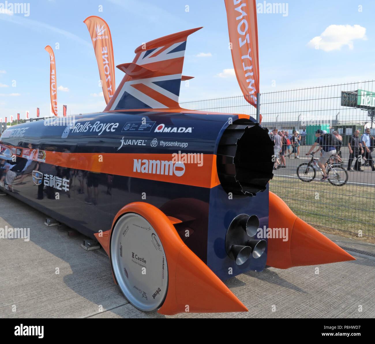 Dieses Stockfoto: Bloodhound SSC jet Auto, jetzt LSR, British supersonic Fahrzeug zu Land, in Silverstone Rennstrecke, UTC, Silverstone, Towcester, England, NN12 8TL - P8HWD7
