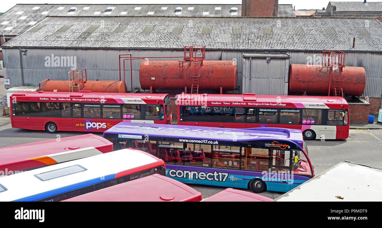Laden Sie dieses Alamy Stockfoto Warringtons eigenen Bussen, Depot, wilderspool Causeway, Cheshire, North West England, Großbritannien - P9MDT9