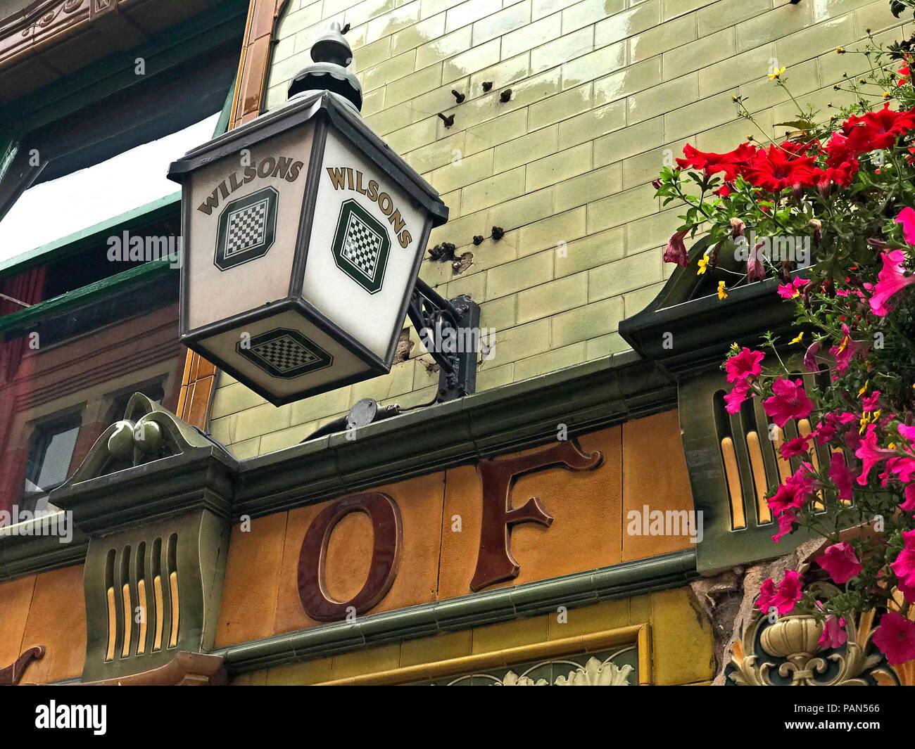 Laden Sie dieses Alamy Stockfoto Wilsons Brauerei Lampe, Peveril des Peak Pub, Great Bridgewater Street, Manchester, North West England, Großbritannien - PAN566