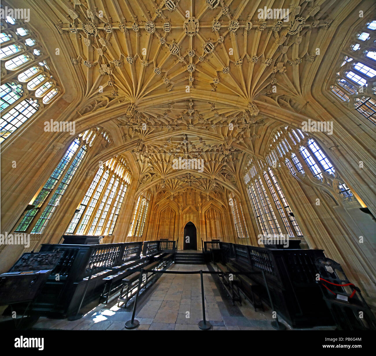 @HotpixUK,GoTonySmith,divinity,school,UK,stonework,building,interior,inside,libraries,learning,Perpendicular