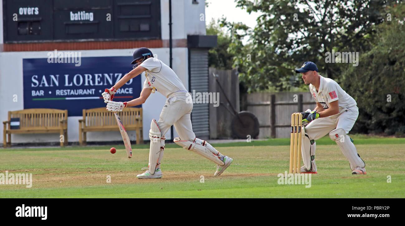 Laden Sie dieses Alamy Stockfoto Grappenhall Cricket Club Match vs Oulton Batting, Juli 22 2018, breit Lane, Warrington, Cheshire, North West England, Großbritannien - PBRY2P