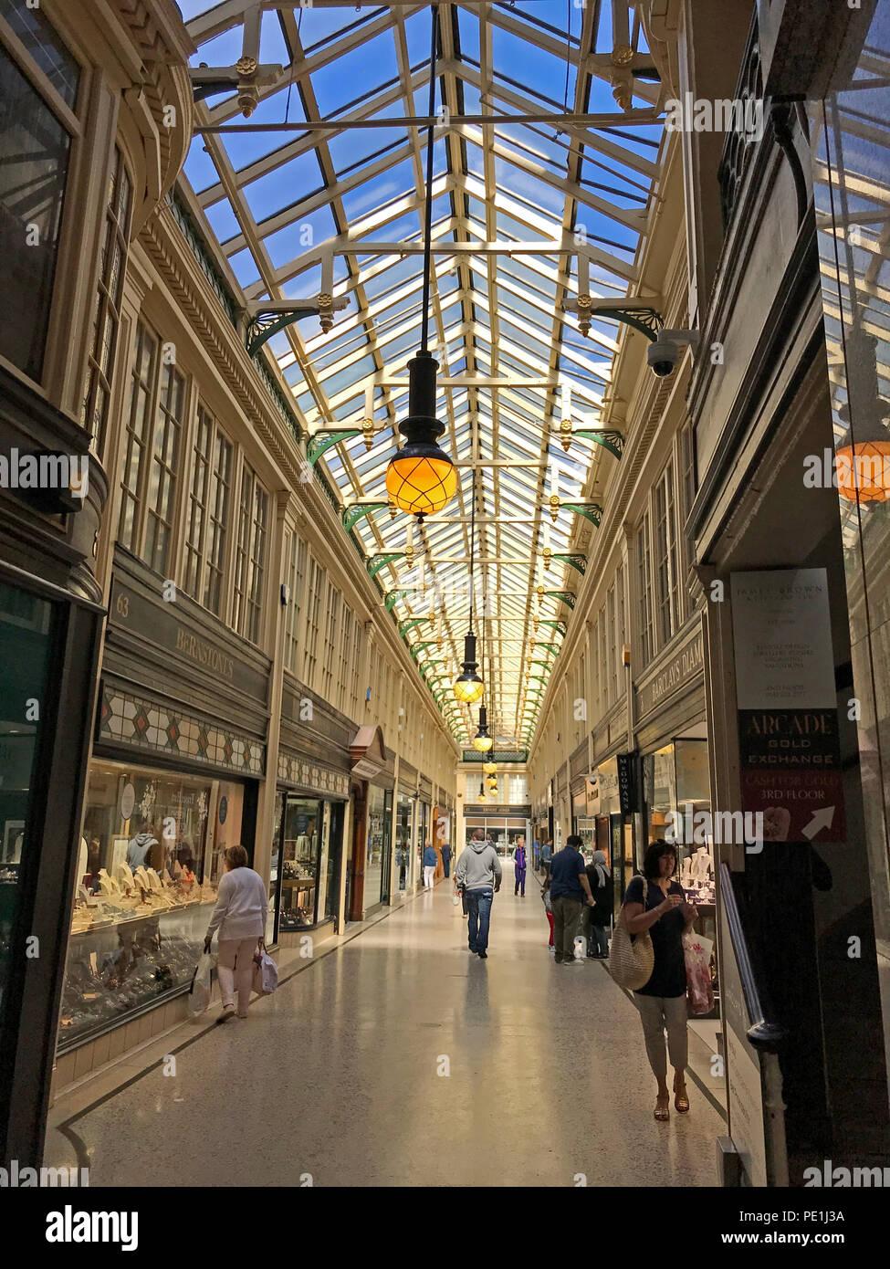 Laden Sie dieses Alamy Stockfoto Argyll Arcade, Argyll Street, Glasgow, Strathcylde, Schottland, Großbritannien - PE1J3A