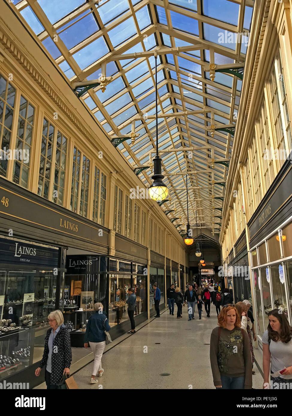 Laden Sie dieses Alamy Stockfoto Argyll Arcade, Argyll Street, Glasgow, Strathcylde, Schottland, Großbritannien - PE1J3G