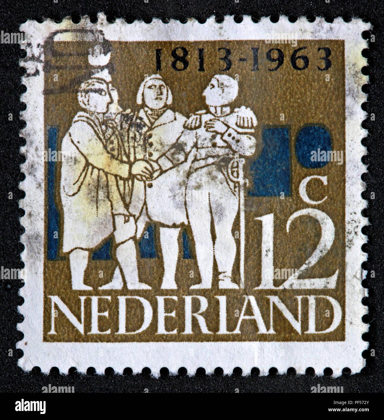 Laden Sie dieses Alamy Stockfoto Verwendet frankiert Nederland Niederlande Stempel, Braun 12 c Zwölf Cent 1813-1963 - PF572Y
