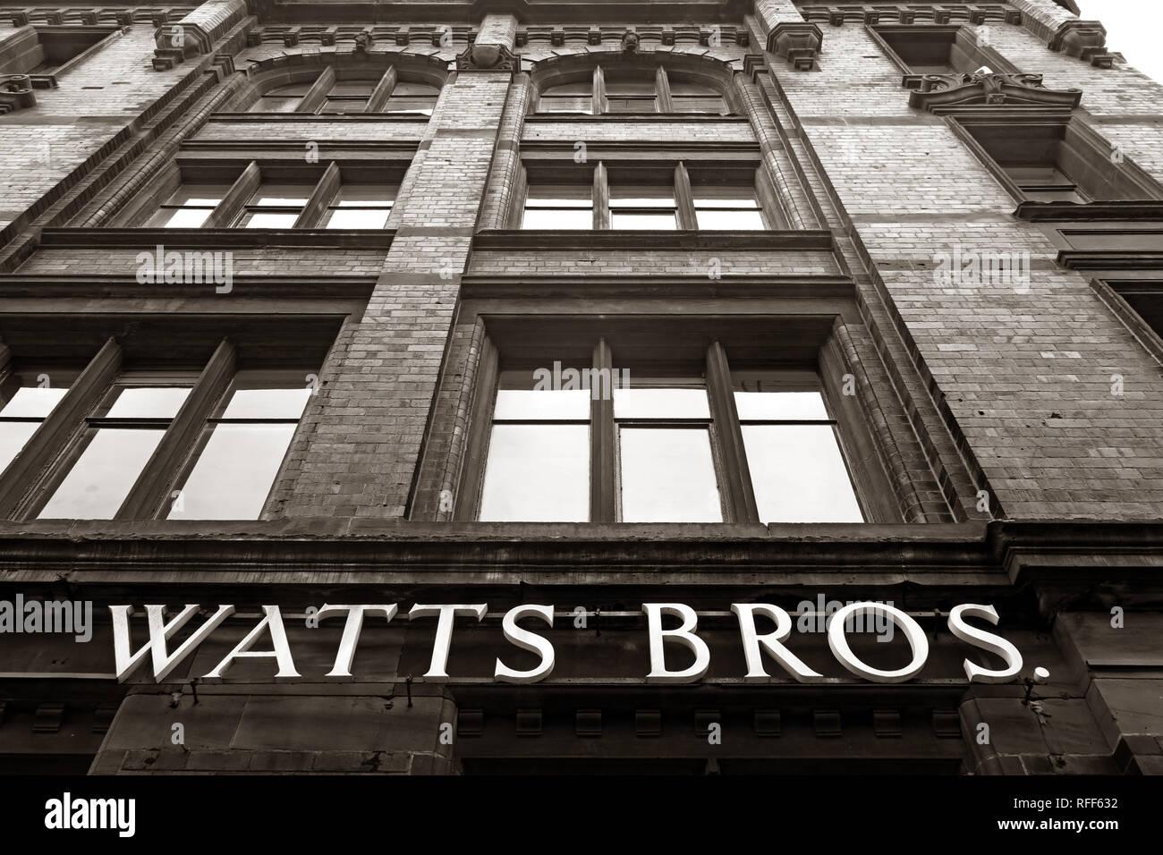 Laden Sie dieses Alamy Stockfoto Schwarzweiß, Schwarzweiß, Watt Brüder Gebäude, Bunsen St, Manchester, England, Großbritannien, M1 1DW - RFF632