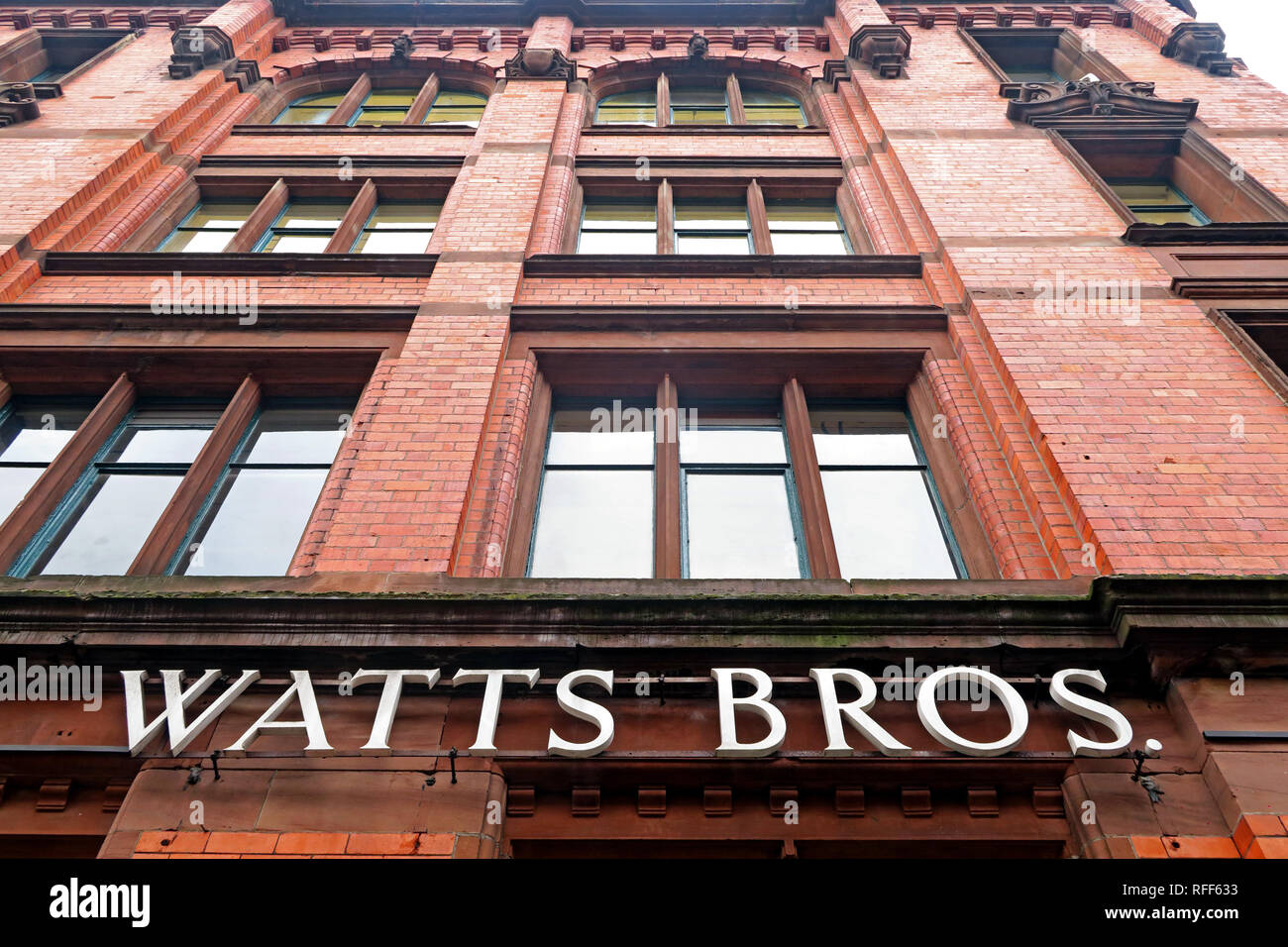 Laden Sie dieses Alamy Stockfoto Watt Brüder Gebäude, Bunsen St, Manchester, England, Großbritannien, M1 1DW - RFF633