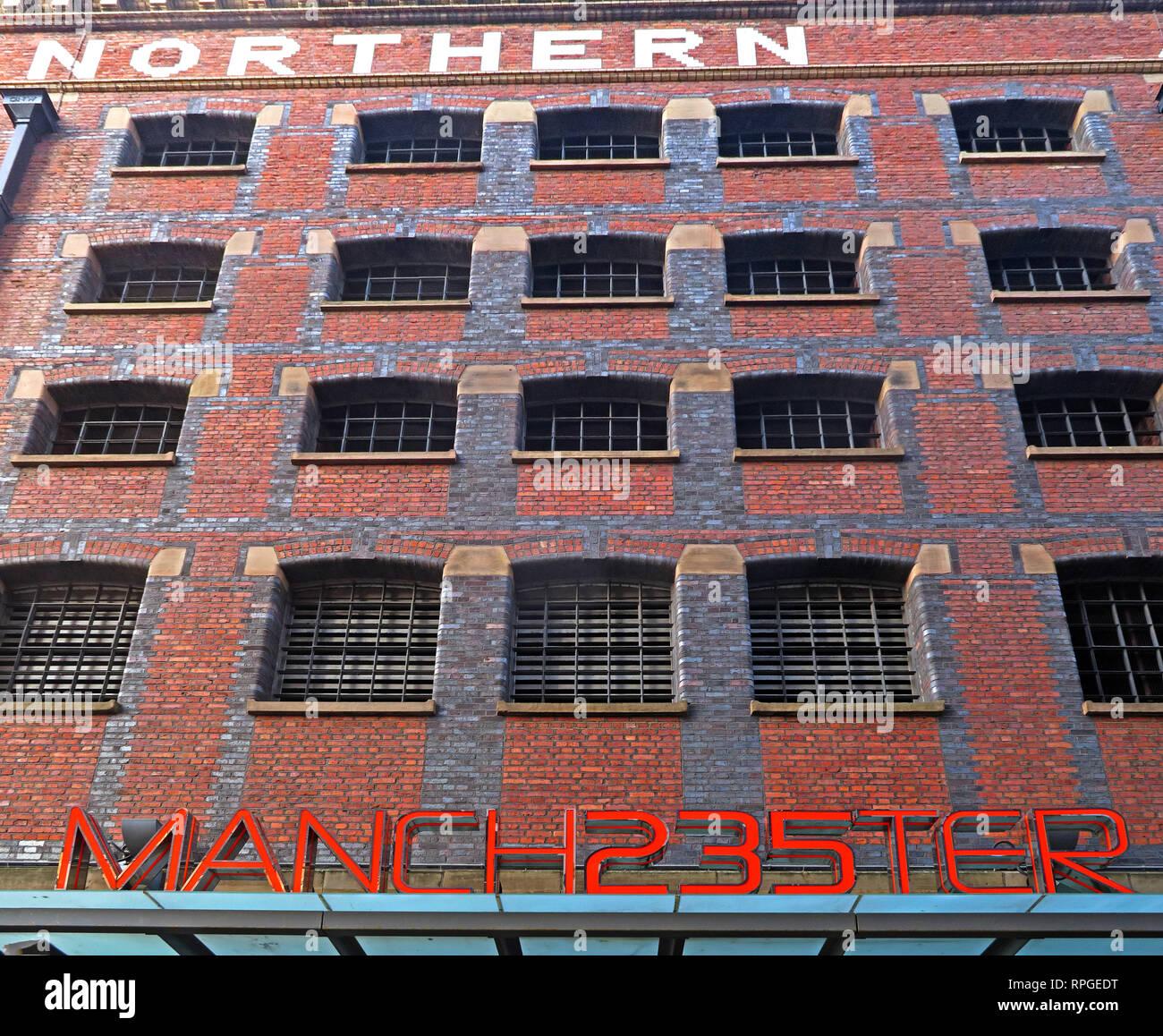 Laden Sie dieses Alamy Stockfoto Manchester 235 Manch 235 ter Casino, Great Northern Lager, Deansgate, Manchester, England, Großbritannien - 2 Watson Street, Manchester M3 4LP - RPGEDT