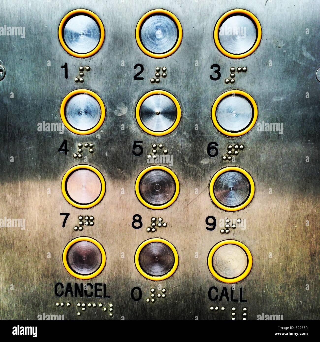 Eingang-Code Buttons für eine Sicherheitstür. Stockbild