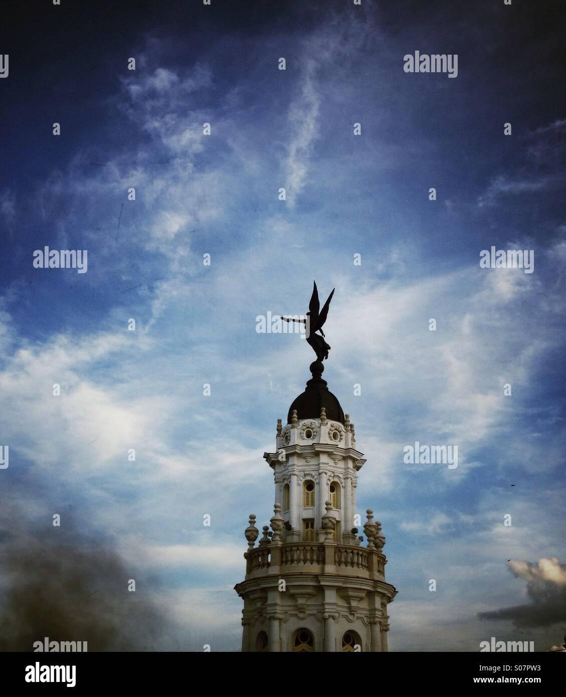 Winged Angel statue schmückt eine reich verzierte Turm des Grand Theatre Havanna Kuba Stockbild