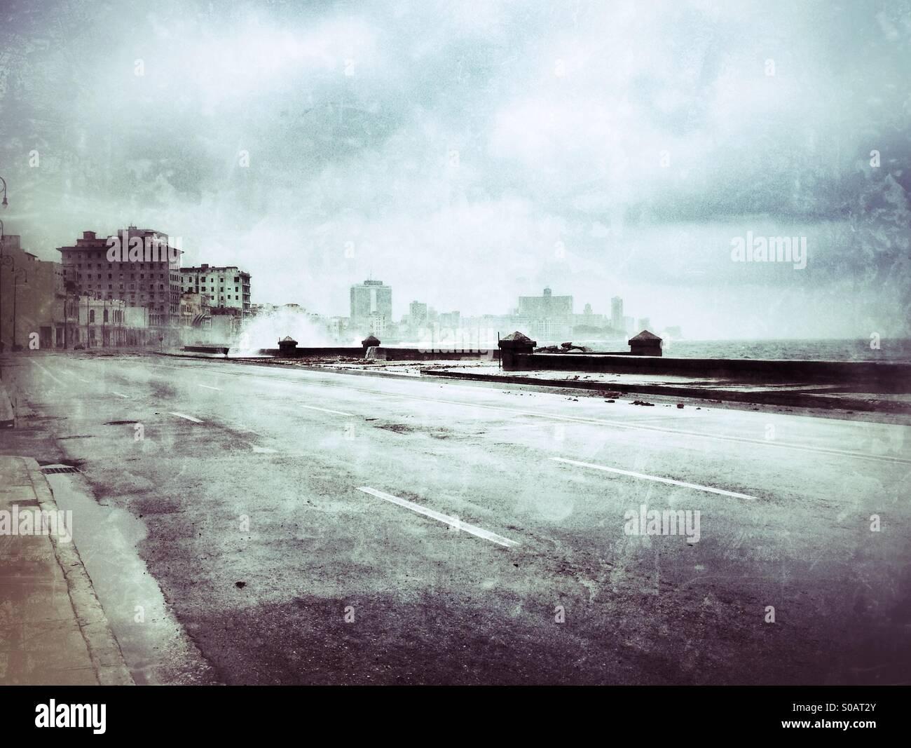 Malecon in Havanna an einem stürmischen Tag Stockbild