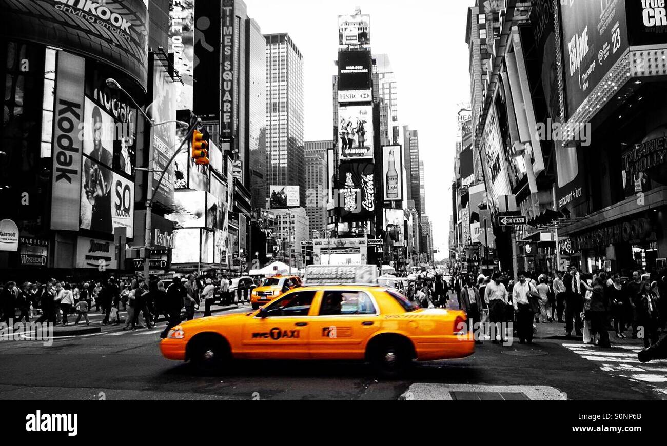 new york new york usa sin city schwarz und wei gelb taxi taxi times square new york. Black Bedroom Furniture Sets. Home Design Ideas