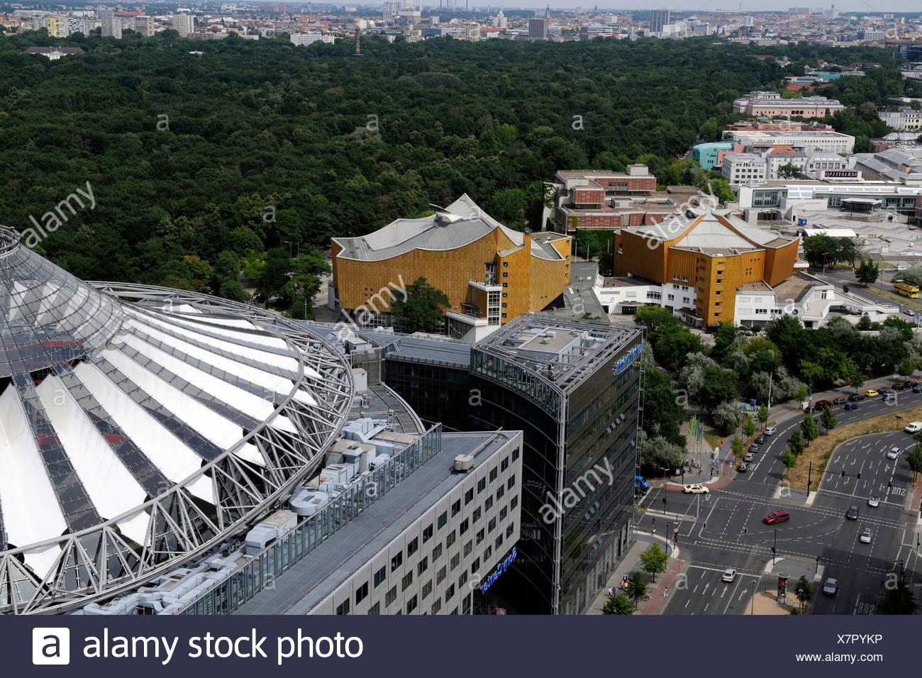 Blick auf das Berliner Kulturforum, Philharmonie, Kammermusiksaal Hall und andere Museen Stockbild