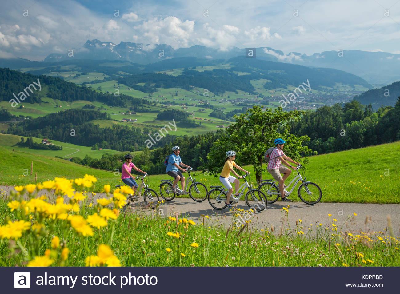 Herz-Route, Biker, Herzroute, Fahrrad, Fahrräder, Fahrrad, Fahrrad fahren, Kanton Appenzell, Innerroden, Flyer, eBike, elektri Stockbild