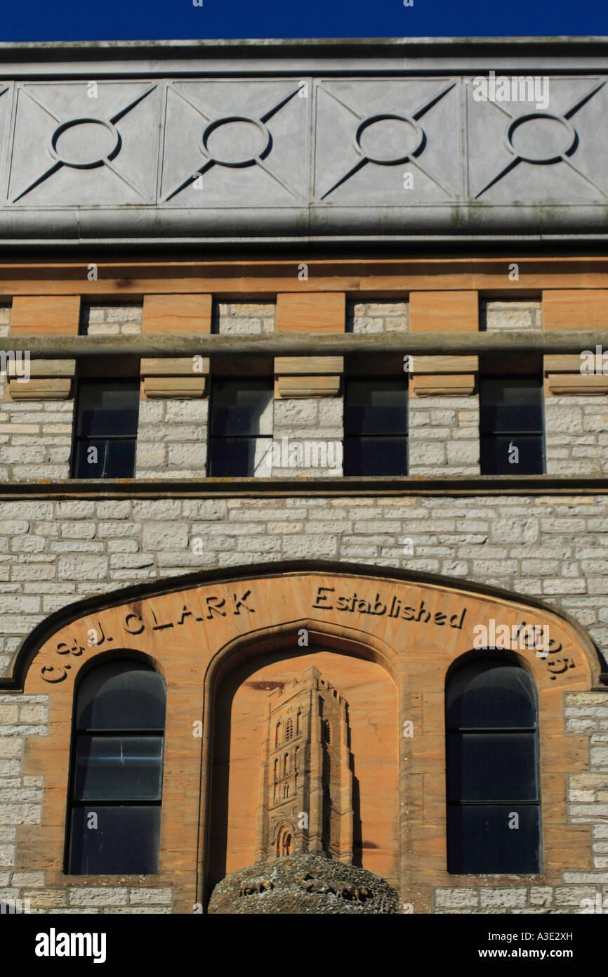 Clark De Somerset Edificio Ciudad Zapatos Detalle Fábrica La En OESqdx6v