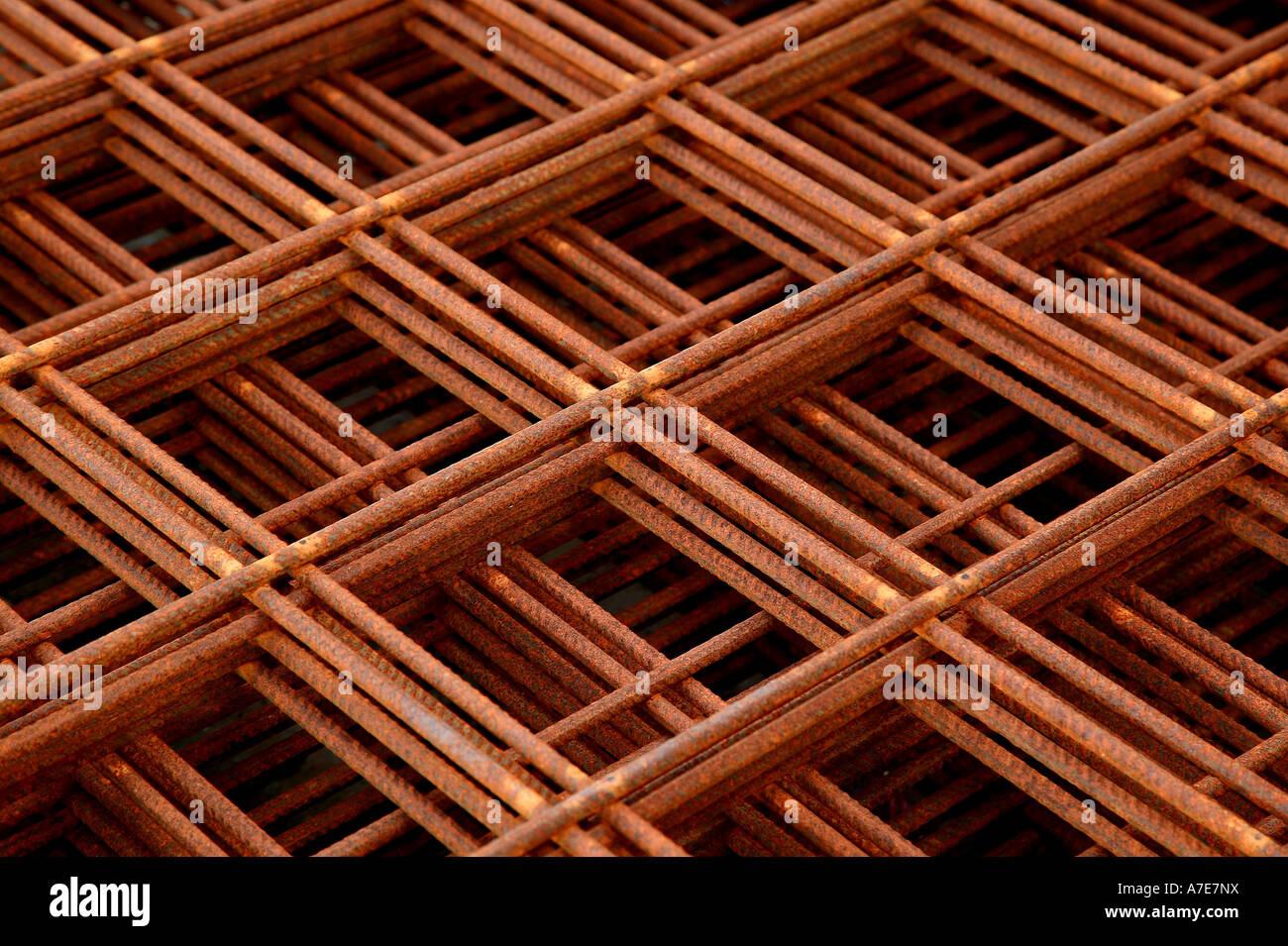 Pila de elementos de refuerzo de acero Imagen De Stock