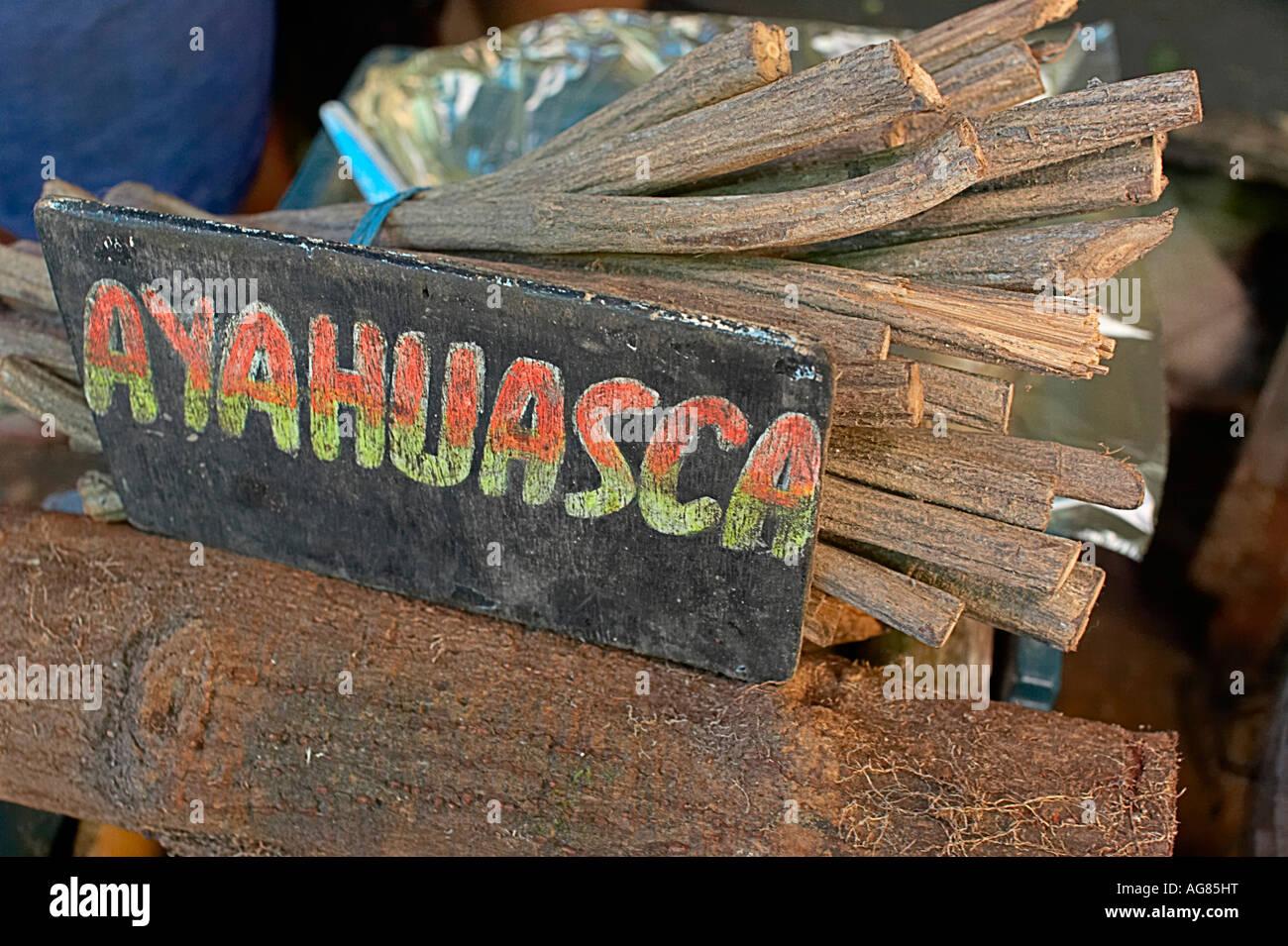ayahuasca secos para la venta en el mercado de belem iquitos peru
