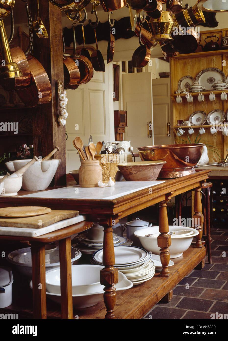Bonito Mesas De Cocina País Calgary Ornamento - Ideas de Decoración ...