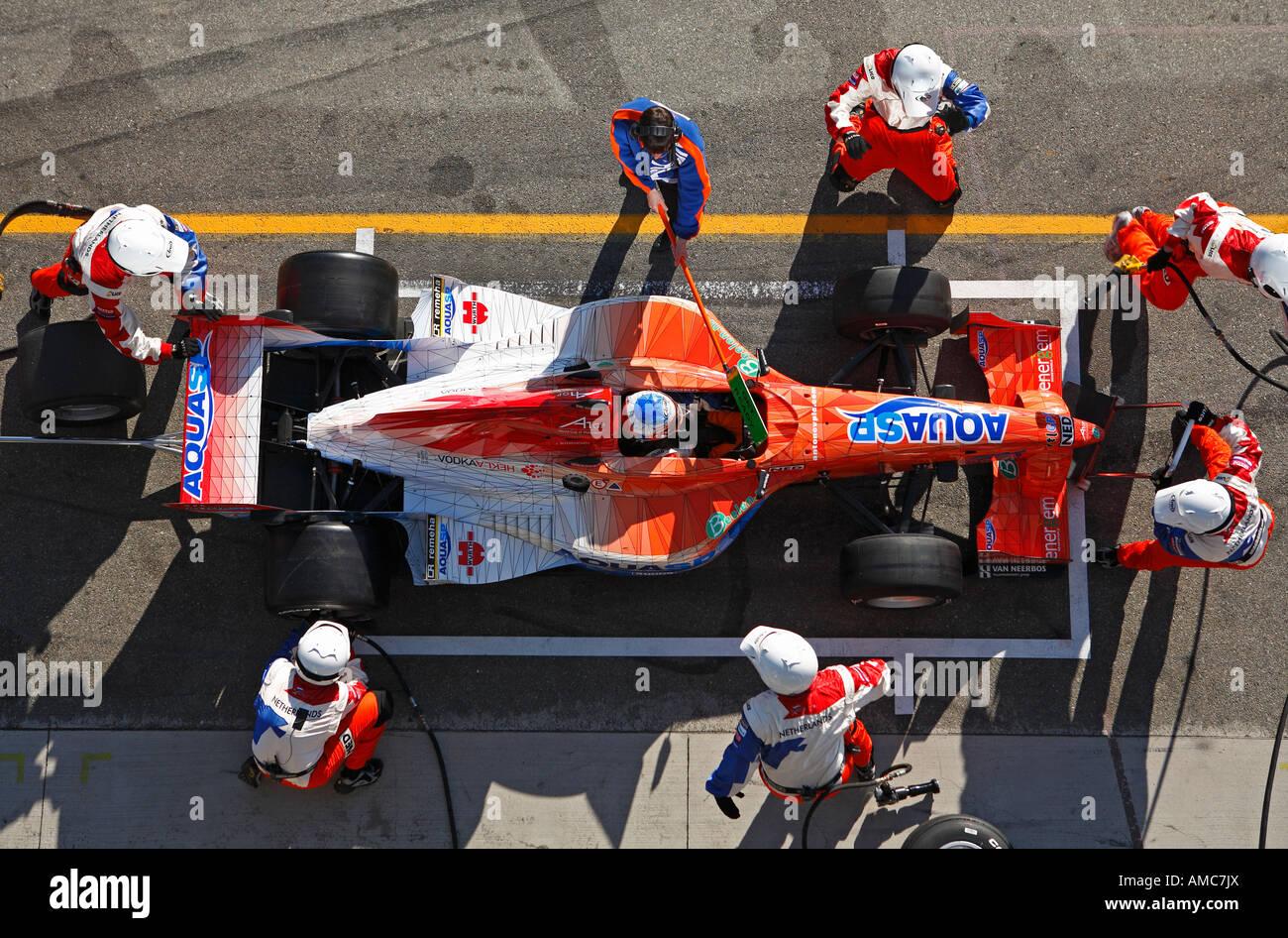 Circuito Holanda : A team holanda pit stop en el circuito de brno república checa