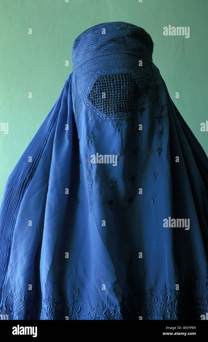 retrato-de-mujer-con-burka-anyp89.jpg