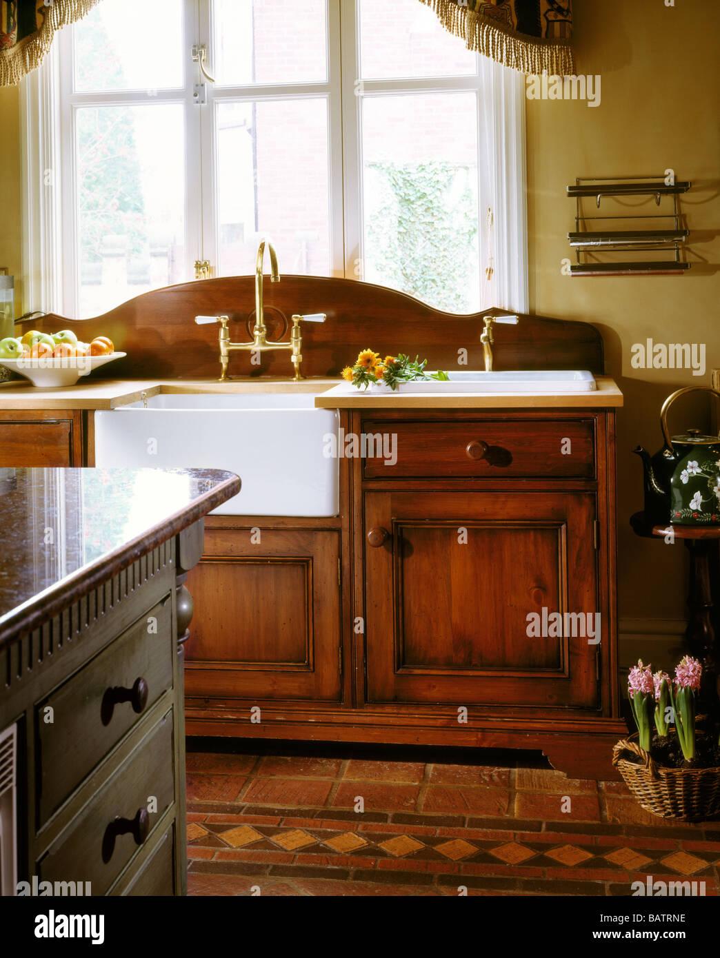 Butler Sink Imágenes De Stock & Butler Sink Fotos De Stock - Alamy