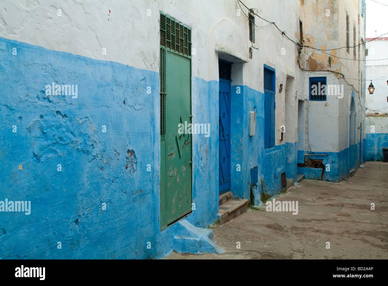 Casa Con Paredes Pintadas De Azul Y Verde Y Azul Puertas Larache - Paredes-pintadas-de-azul