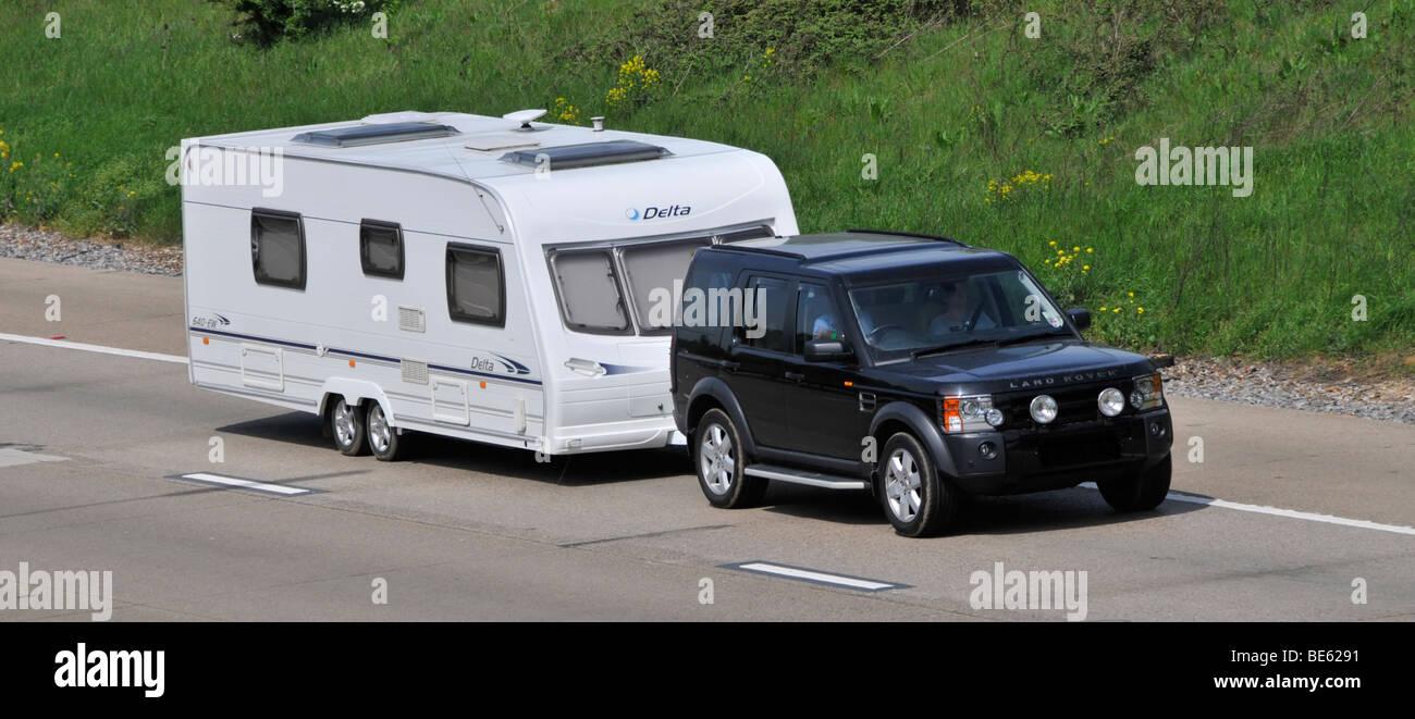 Autopista M25 Land Rover Coche Oscurecida Placa De Matricula