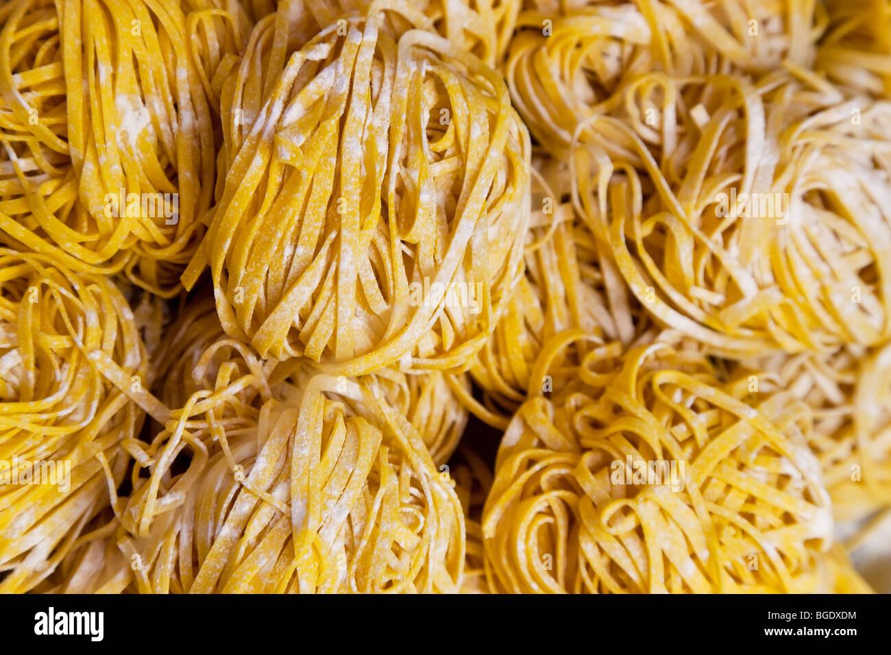 Linguine pasta, Bolonia, Emilia Romagna, Italia Imagen De Stock