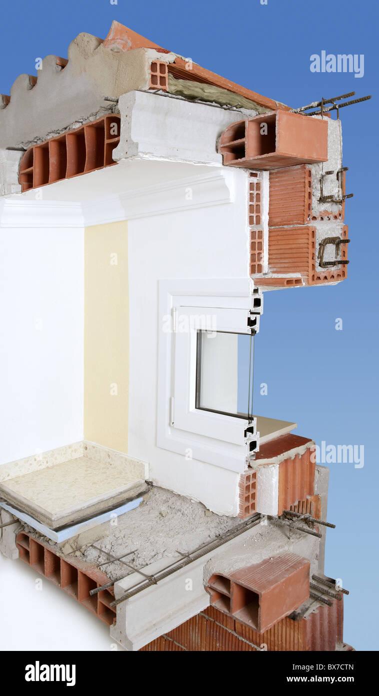Sección transversal de la pared de la fachada de ladrillo, bloques ...