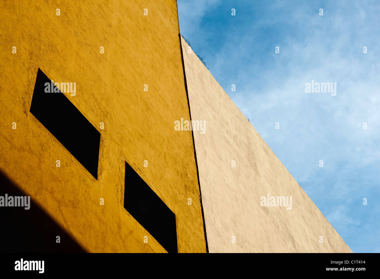 Construcción de la fachada, recortadas Imagen De Stock