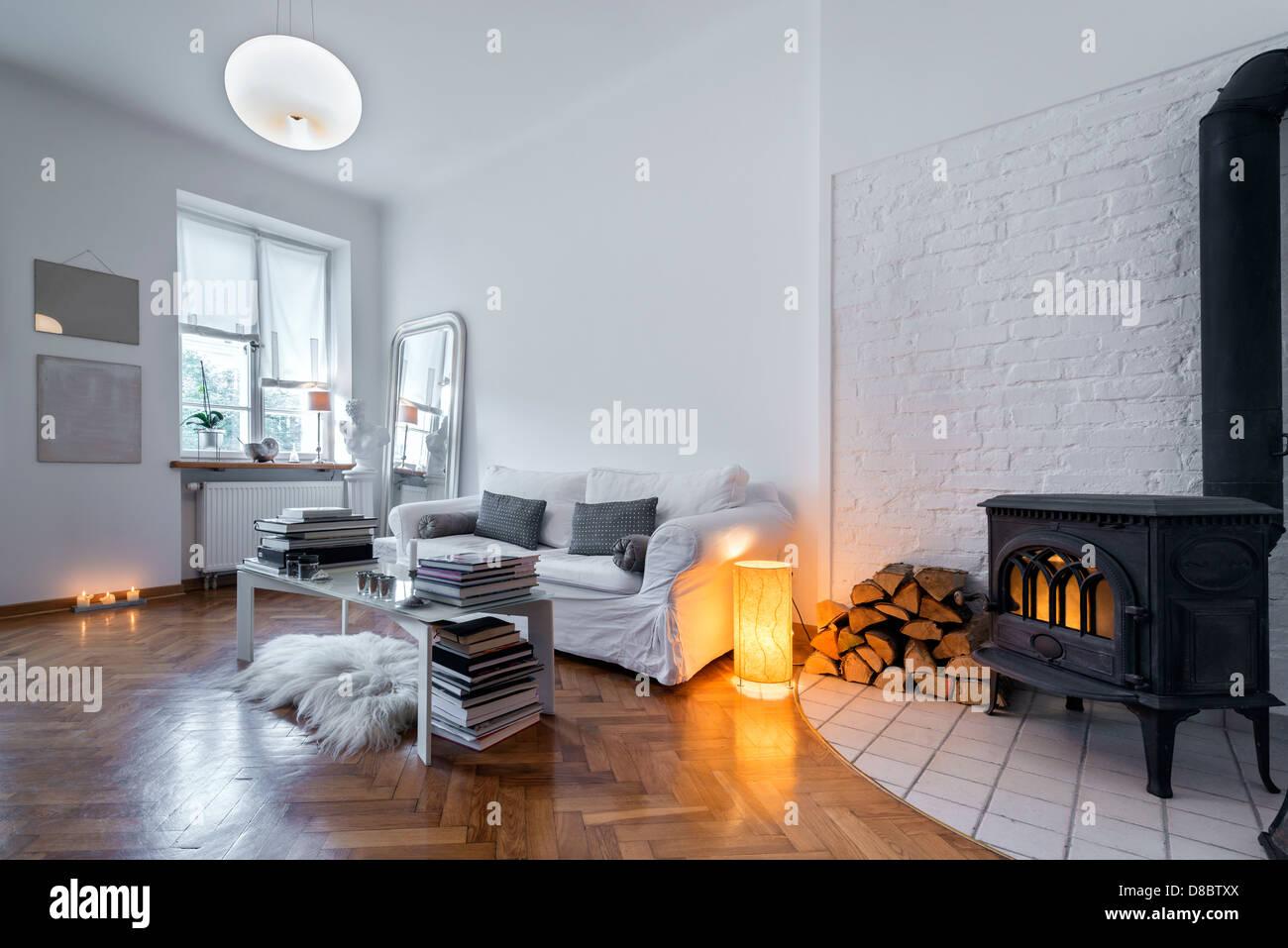 Post diseño interior moderno comedor con chimenea Foto & Imagen De ...