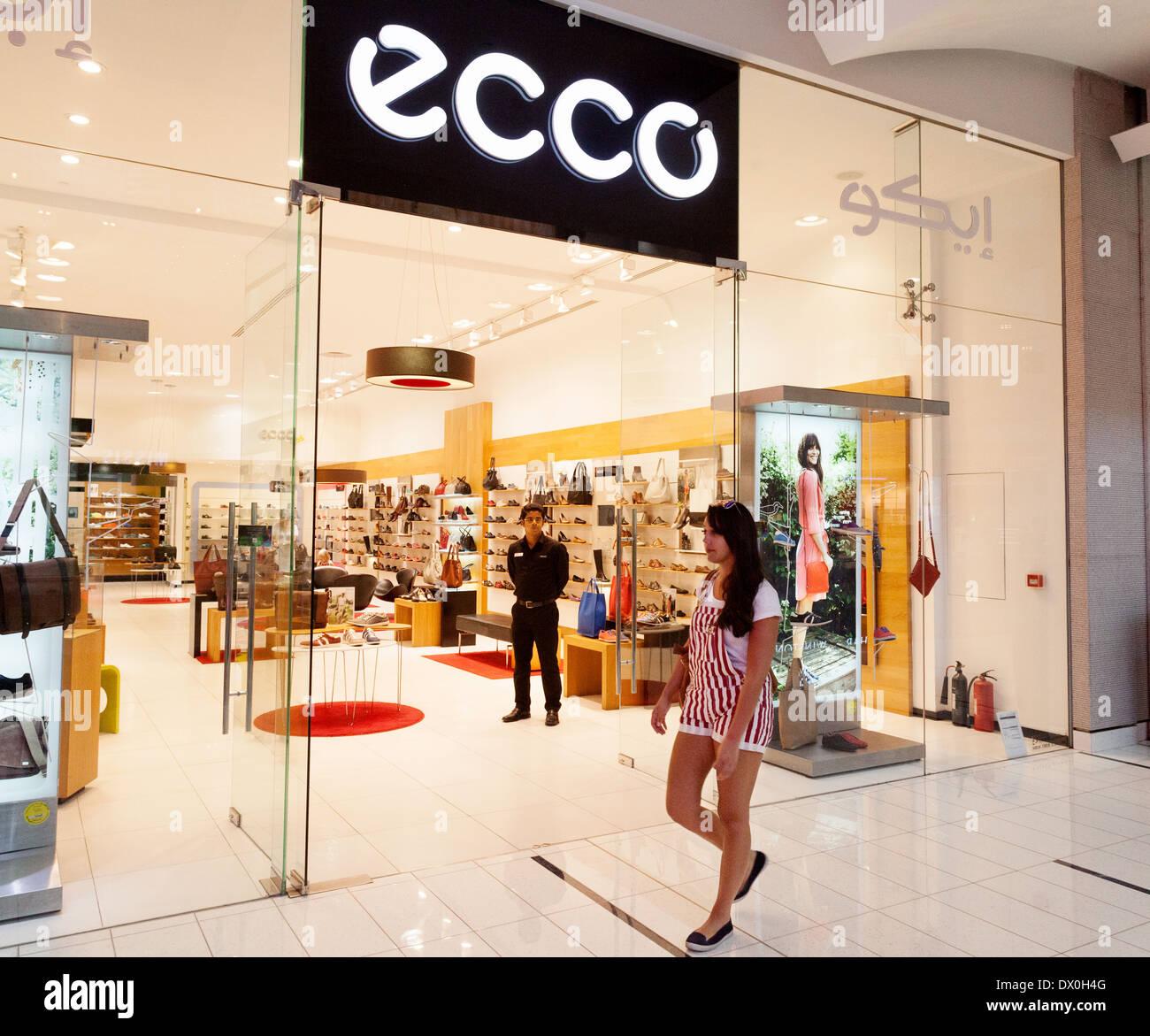 aabf4abd1 Mall Árabes Dubai Eau Emiratos Ecco Tienda Zapatos Dubai De wznWvzqCB