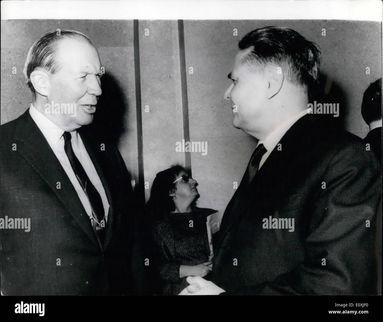 Febrero 02, 1967 - Conferencia de Desarme reanuda en Ginebra; cuando ...