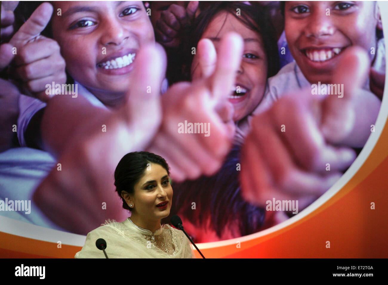 Increíble 3 Idiotas Kareena Kapoor Traje De Boda Ilustración - Ideas ...
