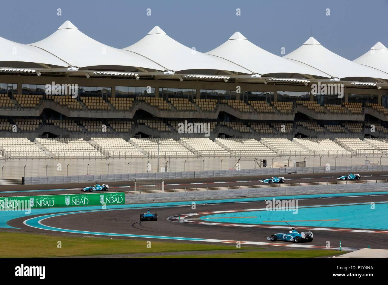 Circuito Yas Marina : Los emiratos Árabes unidos abu dhabi el circuito yas marina