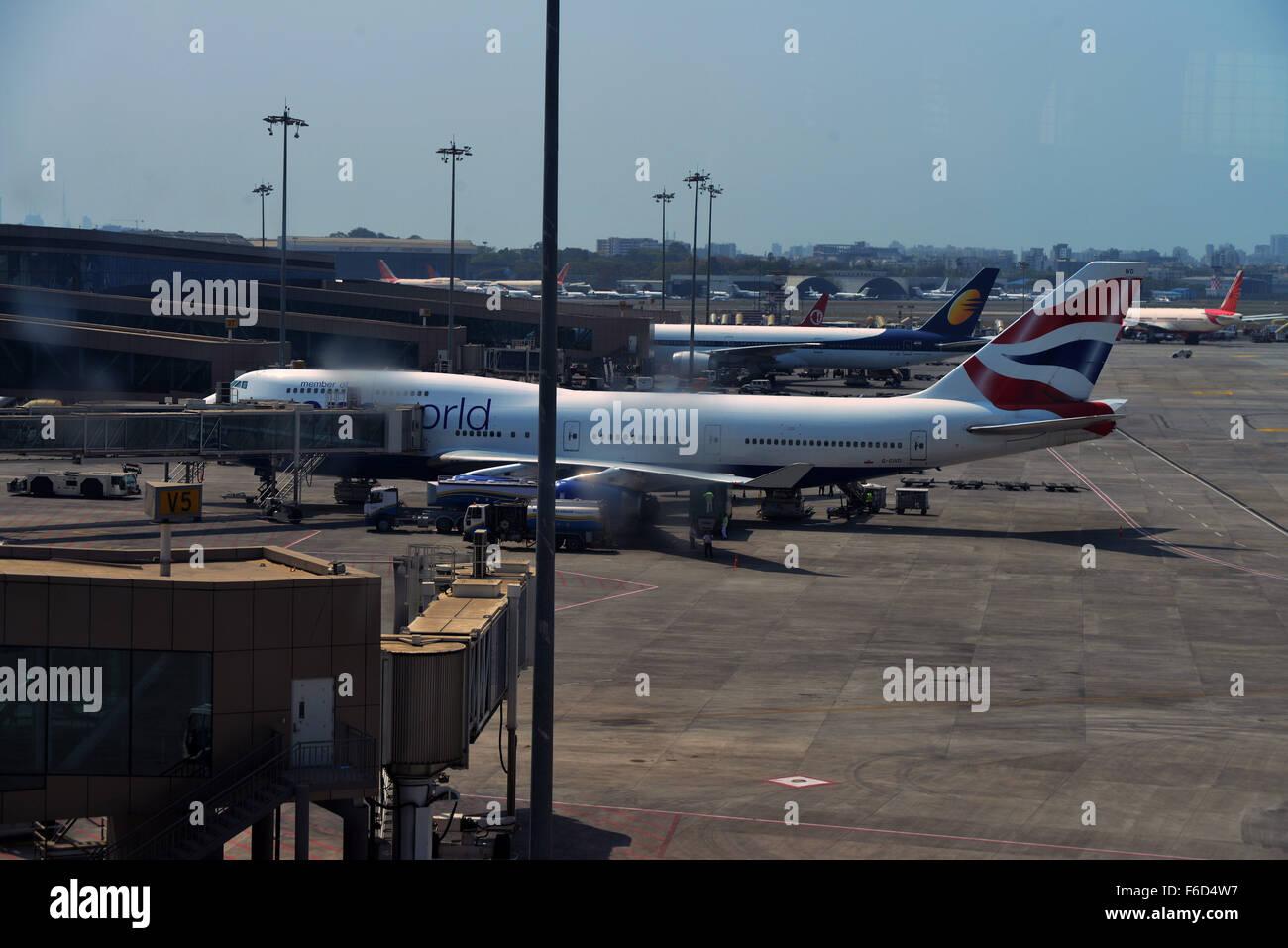 Resultado de imagen para aeropuerto de mumbai india
