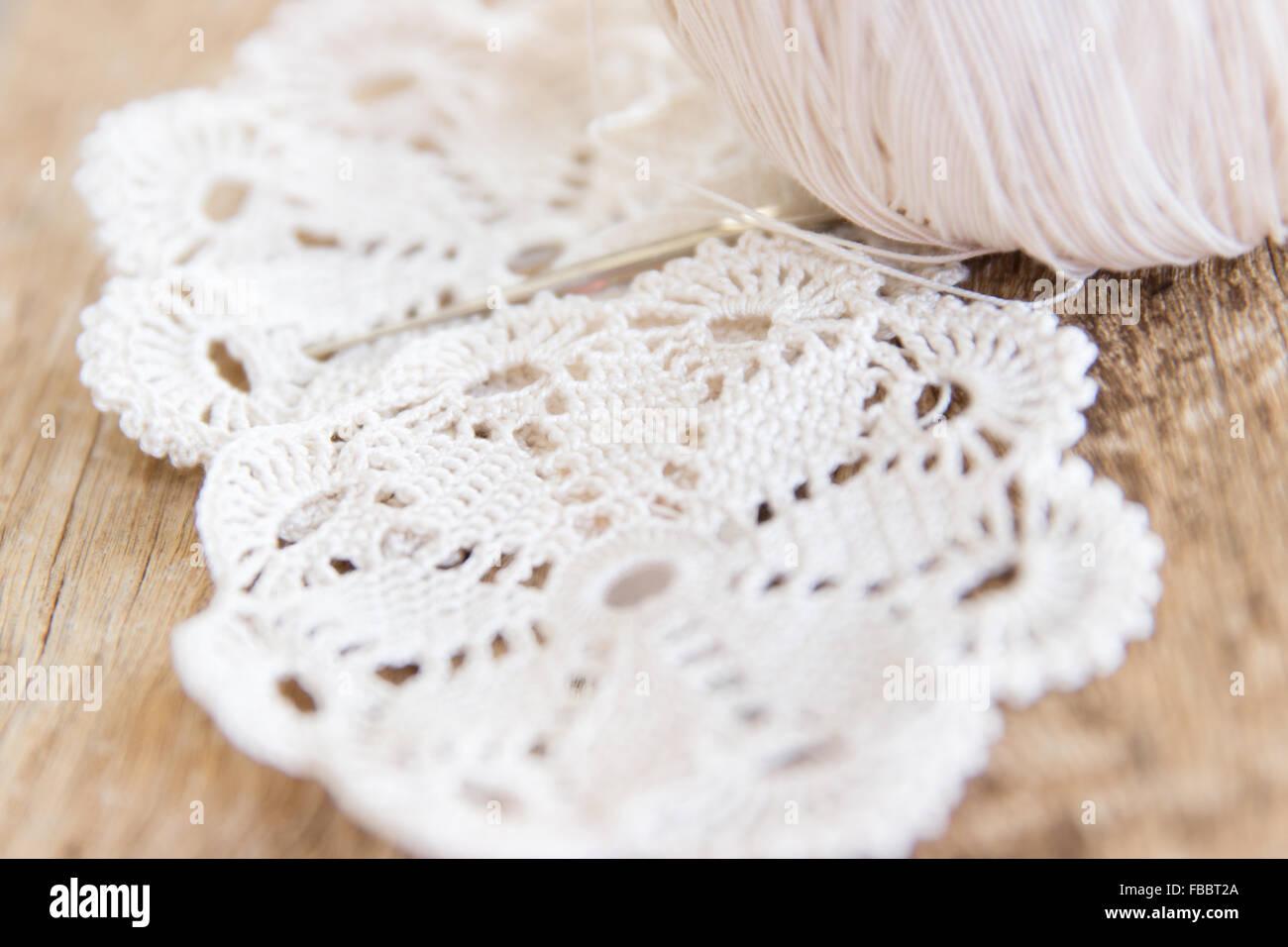 Patrón de ganchillo tejido artesanal de madera encaje detalle de ...