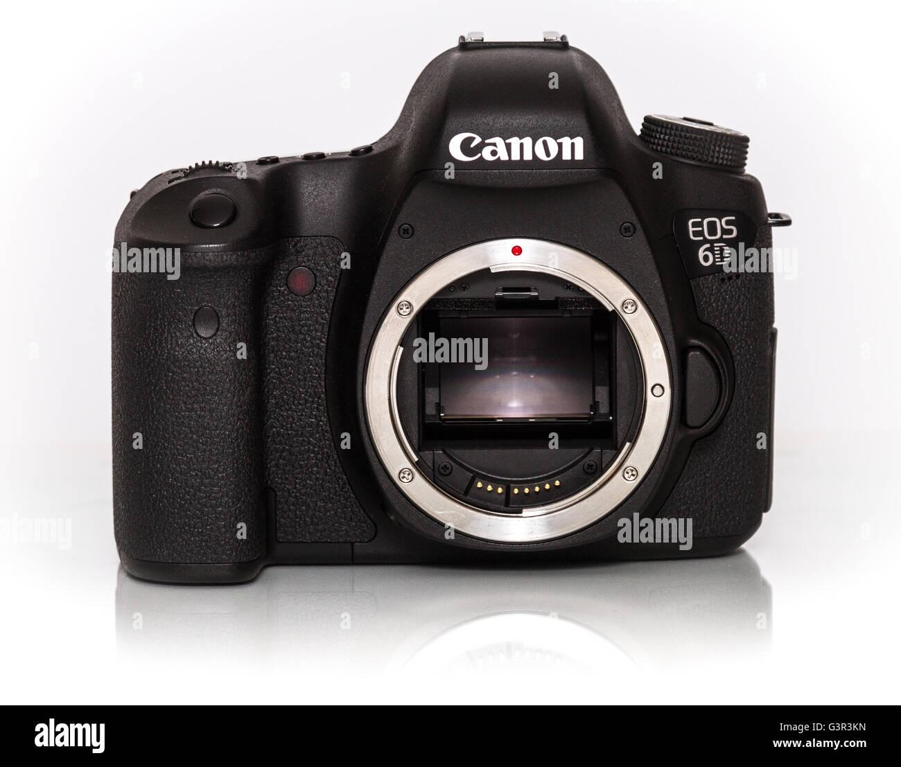 Stock Photo - CANON EOS 6D DSLR de fotograma completo de la cámara ...