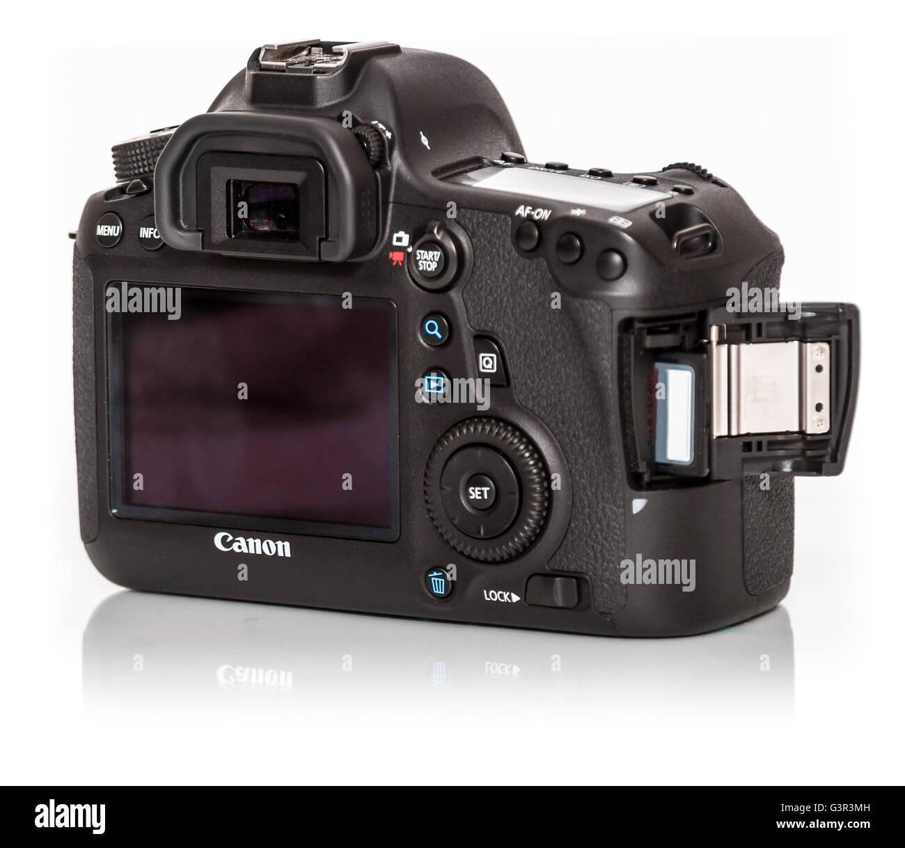 Stock Photo - CANON EOS 5DS1800 DSLR de fotograma completo de 50 ...