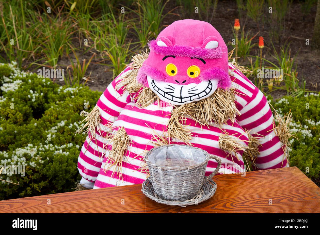 Cheshire Cat Imágenes De Stock & Cheshire Cat Fotos De Stock - Alamy