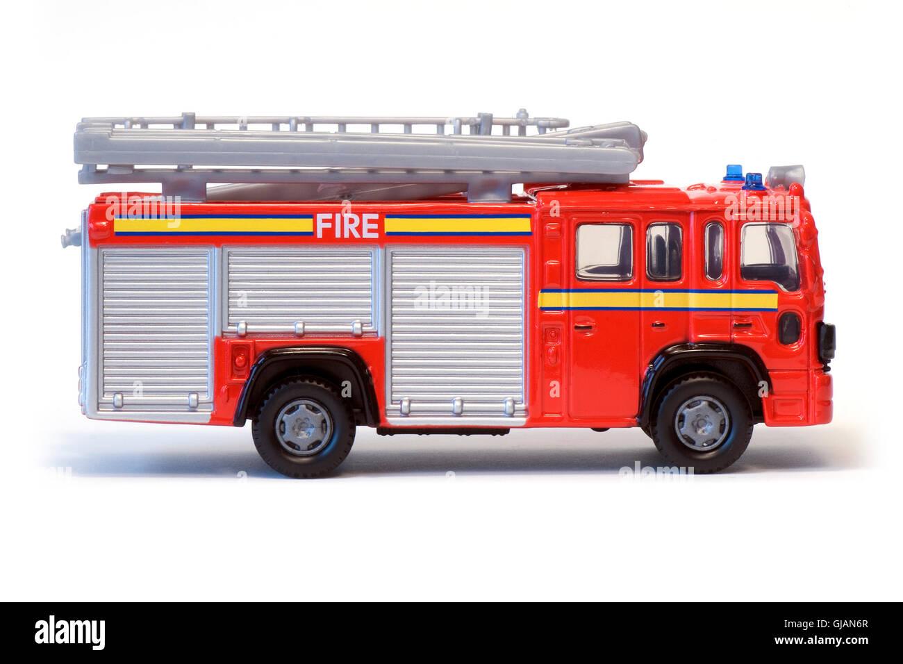Un camión de bomberos de juguete de color rojo Foto & Imagen De ...