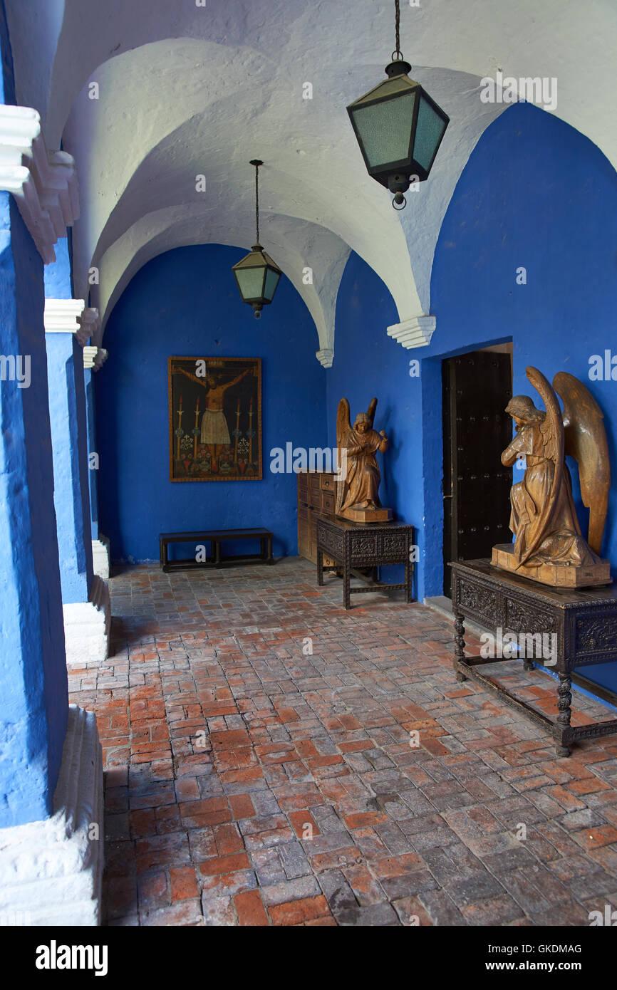 Las Paredes Pintadas De Color Azul En El Interior Del Siglo Xviii De - Paredes-pintadas-de-azul