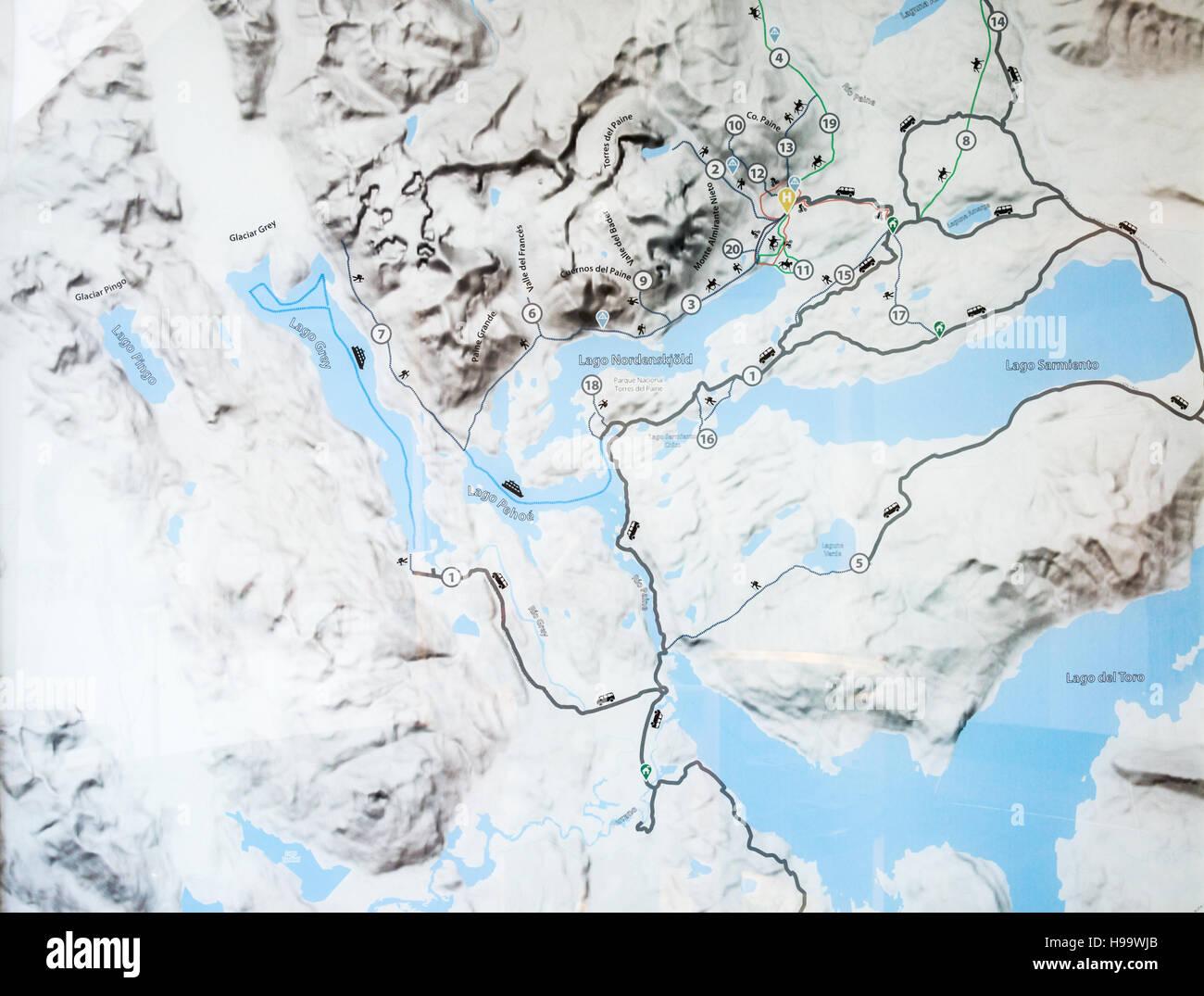 Circuito W Mapa : Mapa del sendero de chile patagonia circuito w foto & imagen de