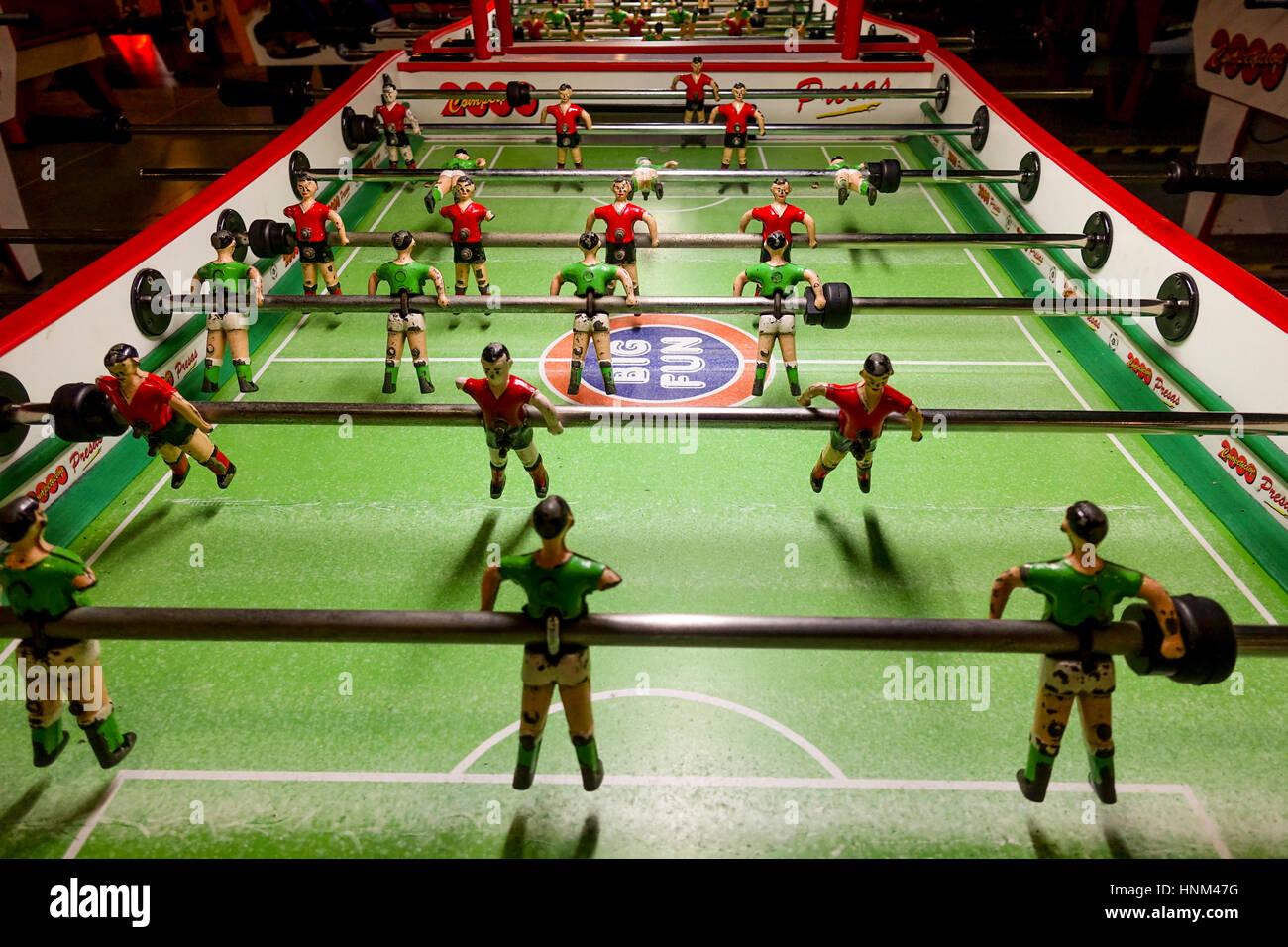 Los Jugadores De Futbol Futbol De Mesa Juegos De Mesa Futbolin O