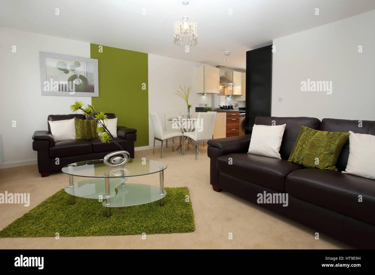 Apartamento interior, moderno salón/cocina/comedor, sala de estar ...