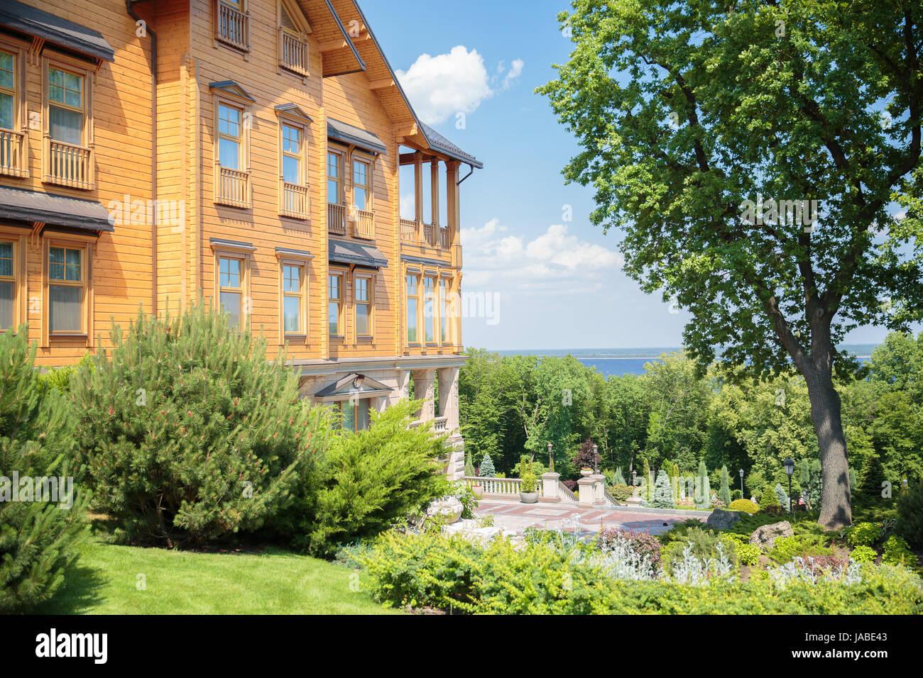 Gran Casa De Madera Mejigorye Honka Frame Foto Imagen De Stock